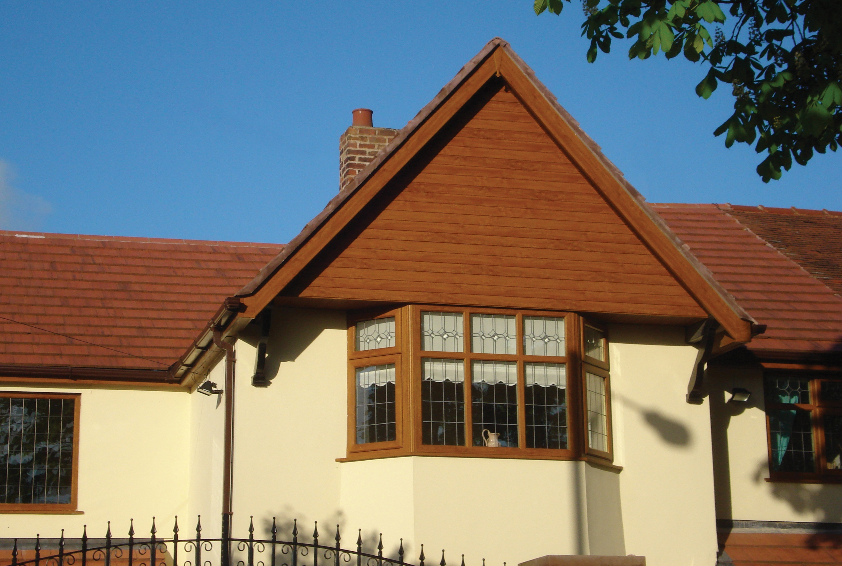 Light Oak Upvc Roofline & Cladding